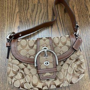 NWOT COACH authentic vintage tan shoulder purse